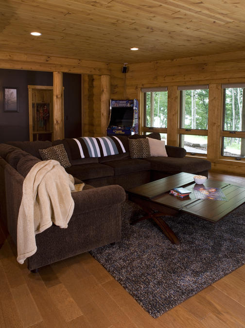 Fourwinds Lodge by Wisconsin Log Homes 12