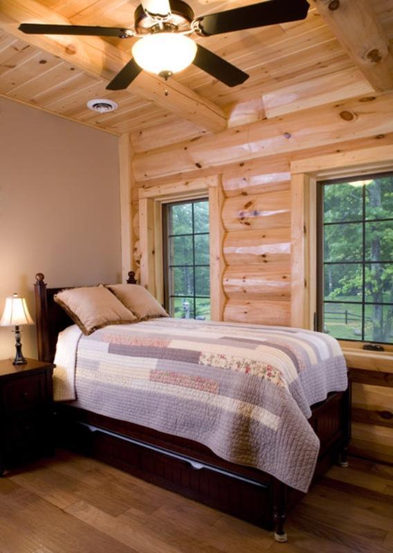 Pickerel Lodge 17
